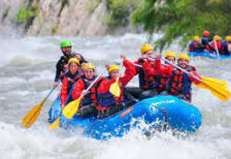 Oferta fin de curso rafting