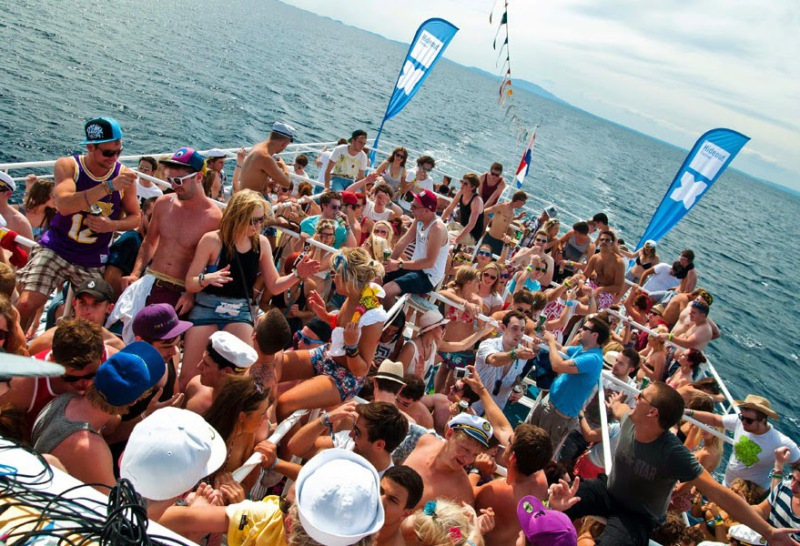 viaje de estudiantes  boat party mallorca