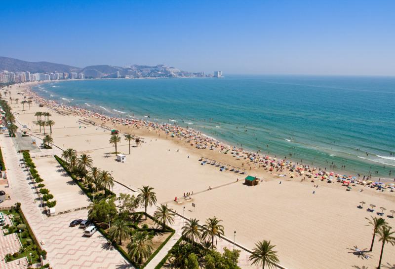 viaje de estudiantes playa de valencia